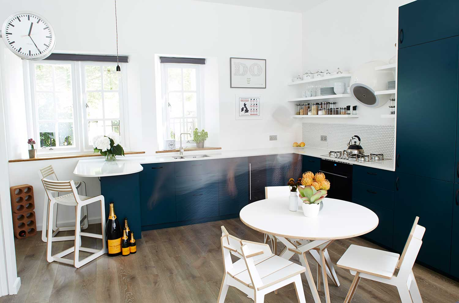 Cassidy_Hughes_Design_Kitchen_Teal_Elica_Bubble_London